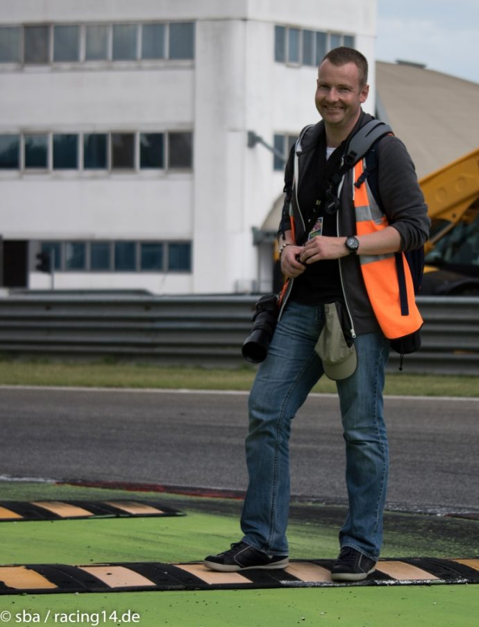 racing14