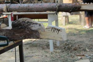Kreativ Motorsägenholzschnitzer