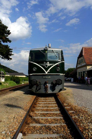 Zug-Erlebnisse quer durch die Wachau - von Gleisgläsern und Nostalgie