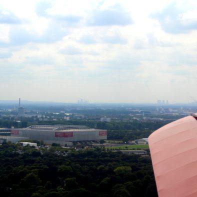 """Düsseldorf von Oben - Unterwegs mit dem """"Roten Baron"""""""