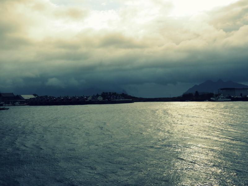 Svolvaer Ausblick - Auch bei Regen beeindruckend.