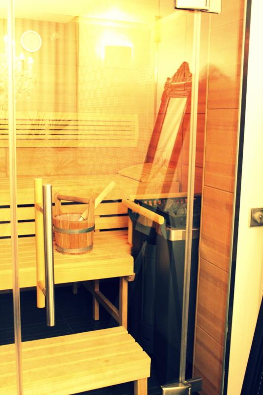 winter wellness in bonn oder wie ich den coolsten pool am rhein entdeckte. Black Bedroom Furniture Sets. Home Design Ideas