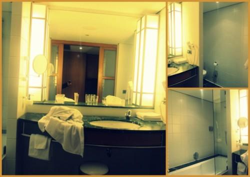he Mandala Hotel - Badezimmer