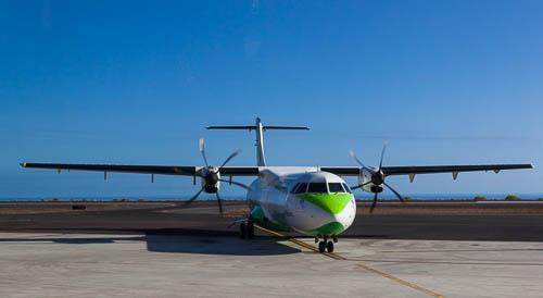 Turboprop_ATR72_von_Binter_Canarias_in_GMZ_Foto_Ingo_Busch