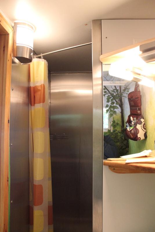 Duschen im Zug, die zweite... Unsere Nacht auf dem Erlebnisbahnhof Ratzeburg
