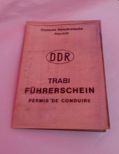 Trabi-Fahren für Anfänger - Die Geschichte einer Ost/West - Begegnung