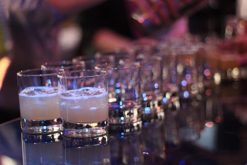 """Miss """"beliebtester Gast auf allen Partys"""" oder wie ich lernte Cocktails zu mixen"""