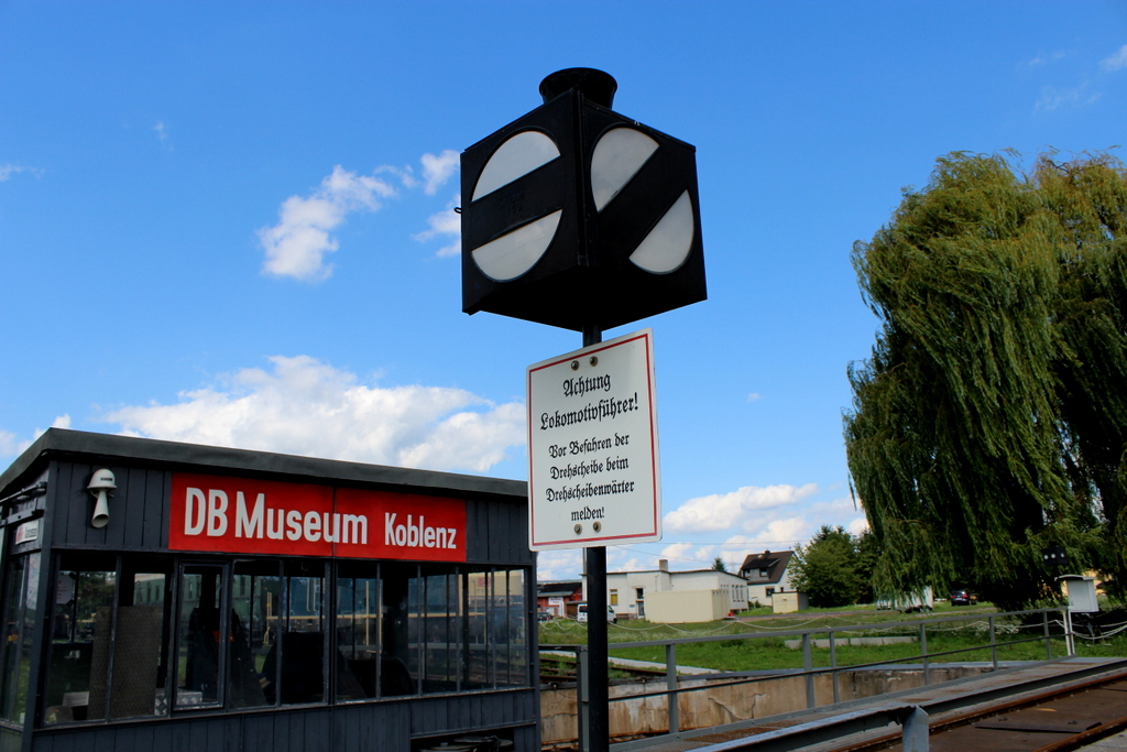 Das DB Museum in Koblenz - Von den Ludolfs, einer Mitfahreisenbahn und dem Bad der Queen