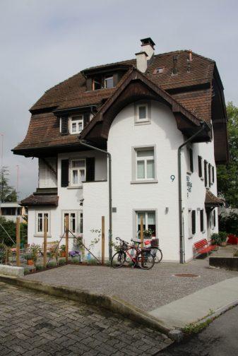 Bed & Breakfast 9 Luzern - Von Schweizer Träumen und dem Besten Müsli der Welt