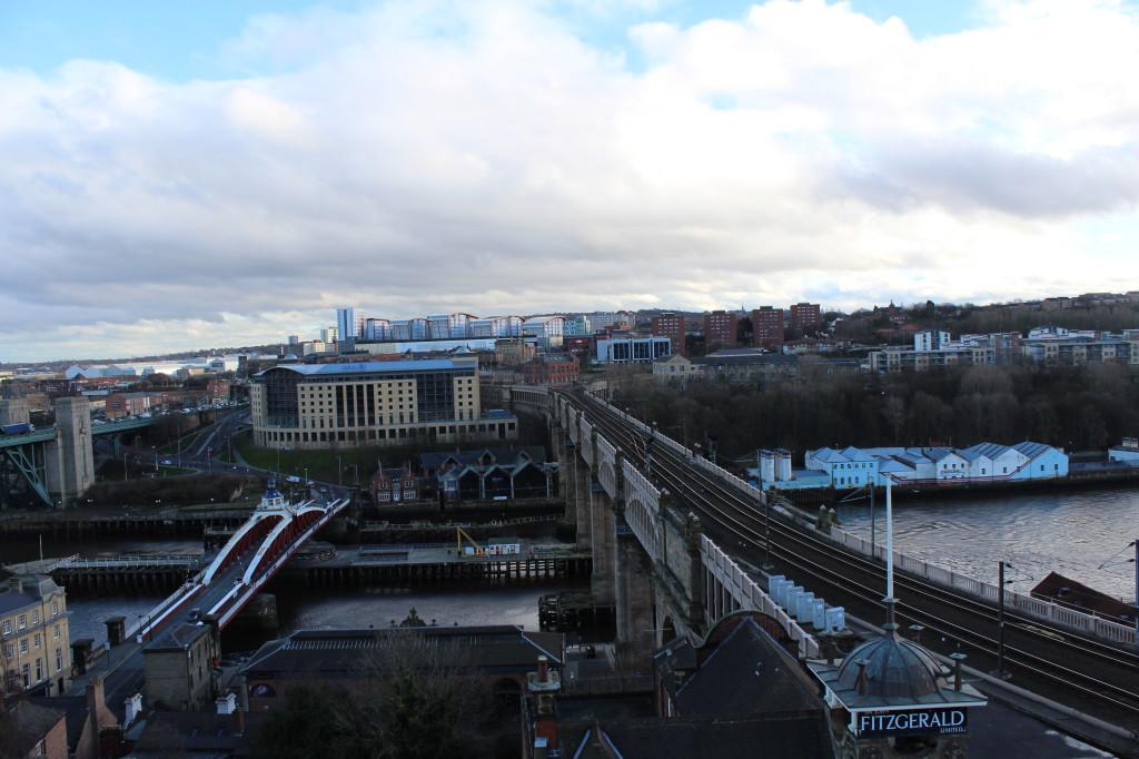 Der Blick vom Castle auf die High Level und Swingbridge.