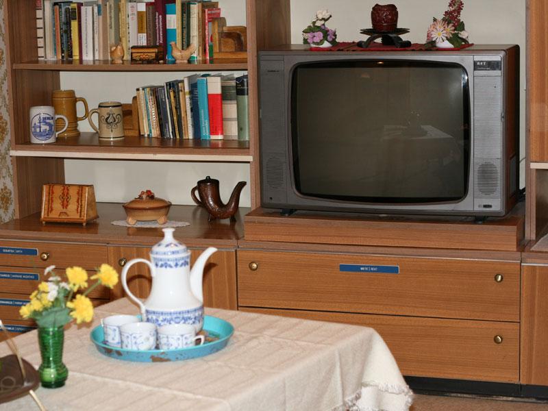 der vergangenheit auf der spur im ddr museum in berlin. Black Bedroom Furniture Sets. Home Design Ideas
