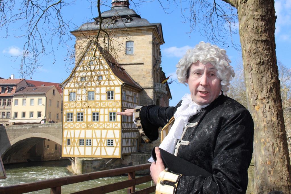 Genuss-Zeitreise ins Frankenland: Barocke Gaumenfreuden zwischen Prunk, Pracht und Puder