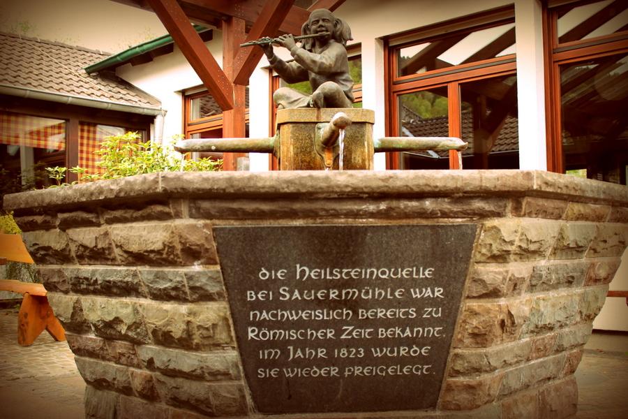 Heilsteinquelle in Einruhr