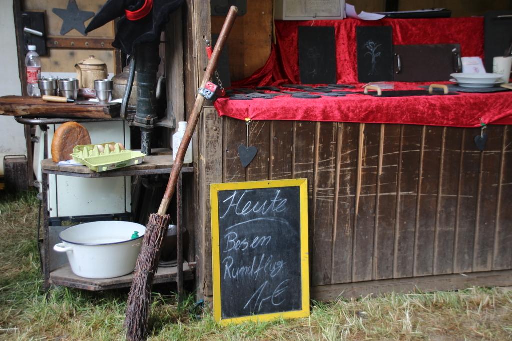 Eine Aktivreise mit Ritterlager: der Flachsmarkt in Krefeld