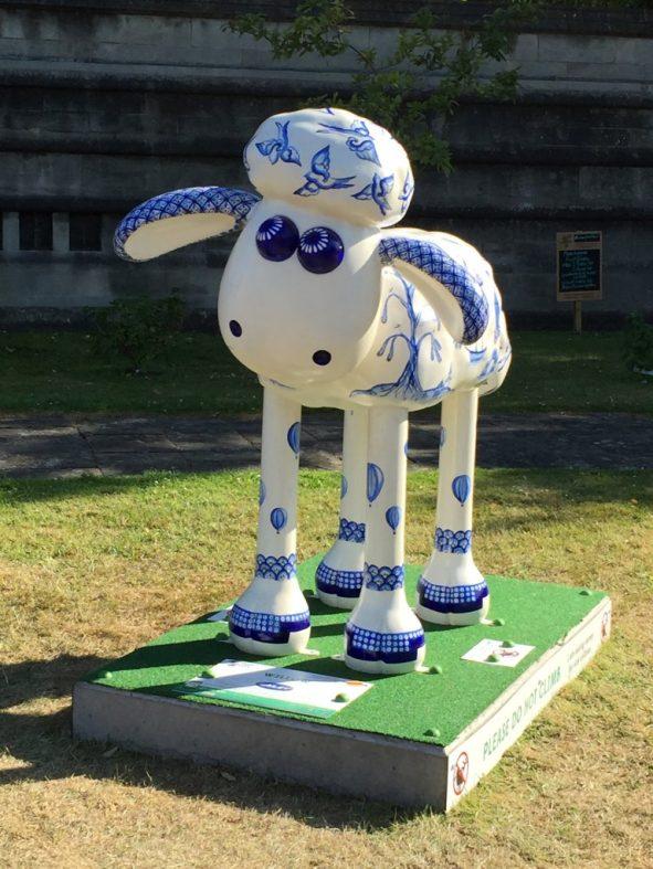 #ShaunintheCity - Die Jagd nach Shaun dem Schaf durch Bristol