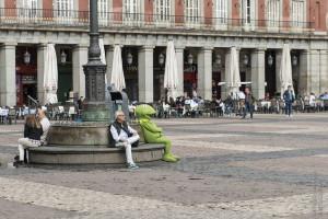Madrid – Von Plätzen und Palästen. Und verrückten Figuren.