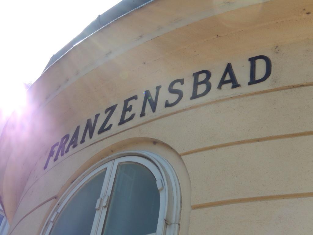 das Franzensbad hat viel(e) Geschichte(n) zu erzählen