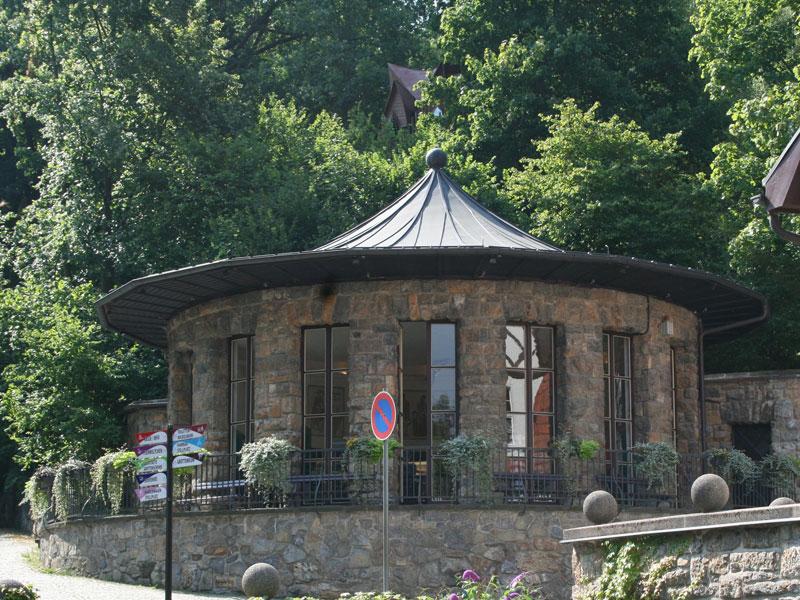Saalfelder-Feengrotten-Brunnentempel