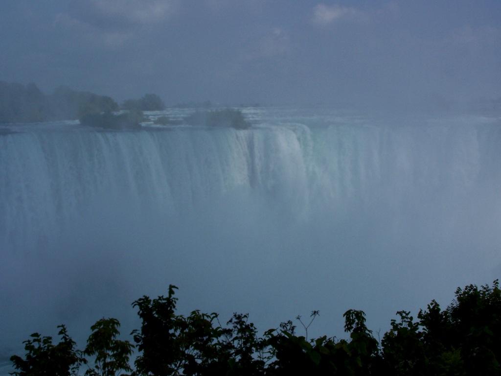 Nächster Stop: Maid of the Mist. Oder wie ich aus Versehen in Kanada landete.