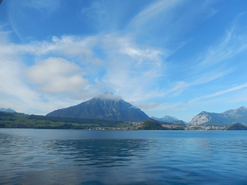 Thuner See im Tageslicht