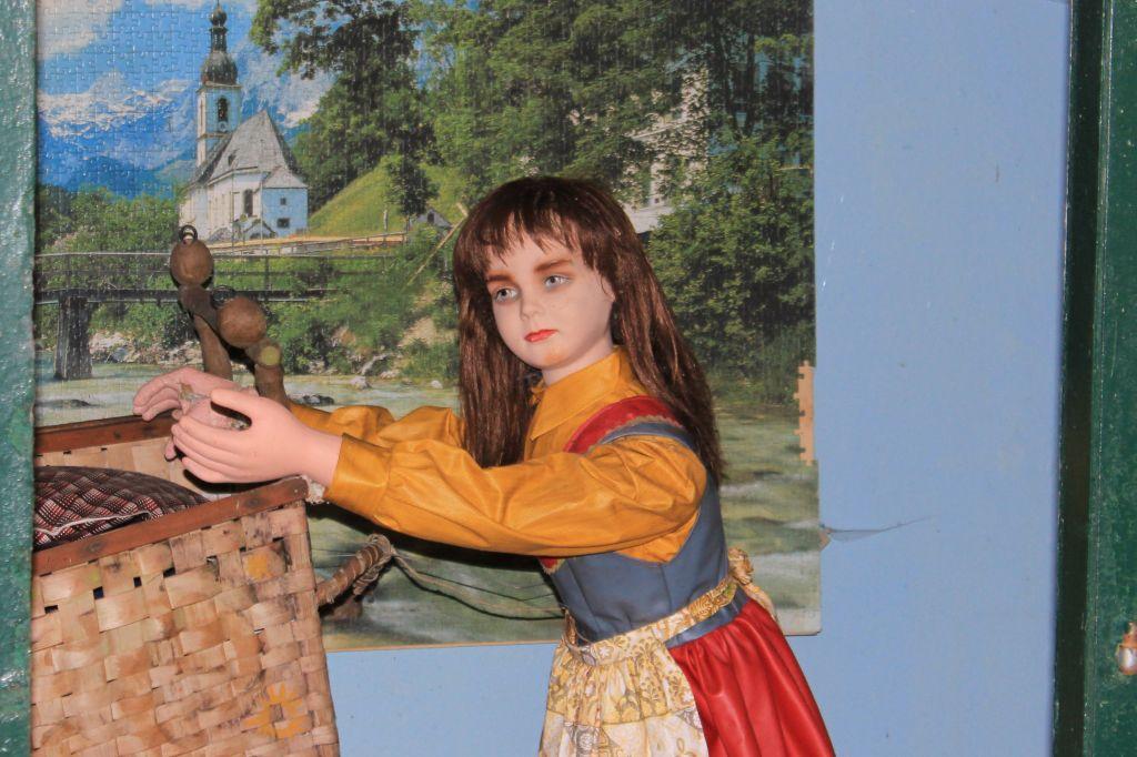 Märchenfigur im Märchenwald