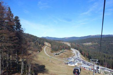 Die Berglandschaft im Bayrischen Wald: Arbersee und Großer Arber