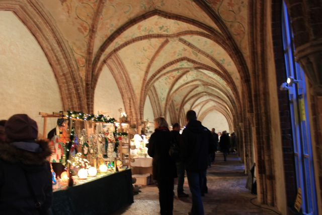 Schwahlmarkt im Schleswiger Dom - Ein Weihnachtsmärchen