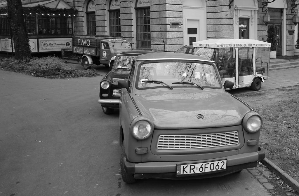 Mit Trabbis on tour in Krakau