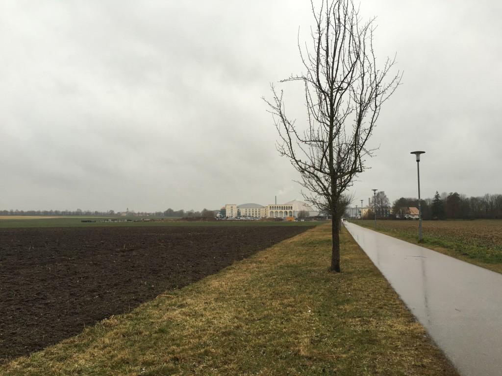 Fußweg zur Therme Erding