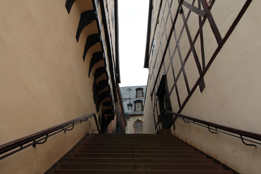 Die Außentreppe am Rathaus