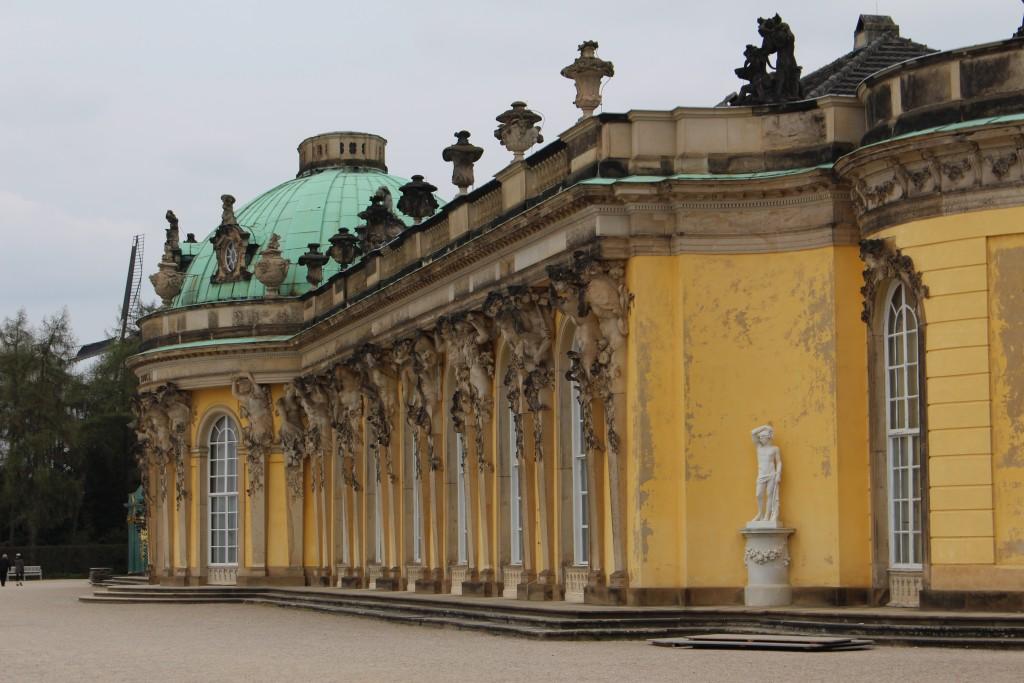 Schloss Sanssouci - Gartenseite