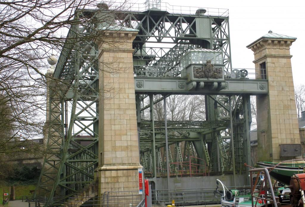 Vom Schiffshebewerk aus Kaisers Zeiten - Unterwegs im Ruhrgebiet