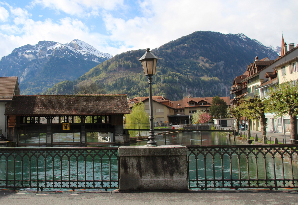Brücke zwischen Interlaken und Untersee