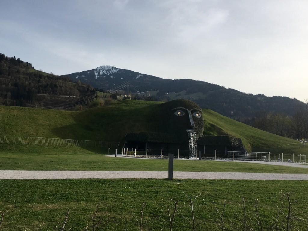 """""""Der Riese"""" von Wattens"""