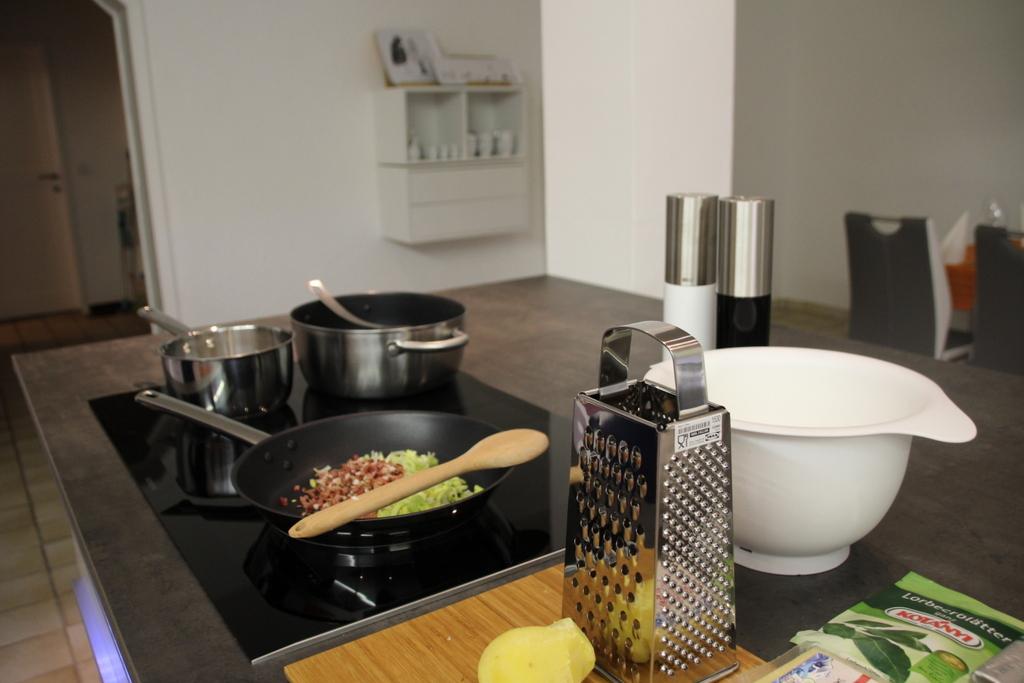 Ein Abend in Petras Küche - oder wie man die Nationalspeise von Hall ...