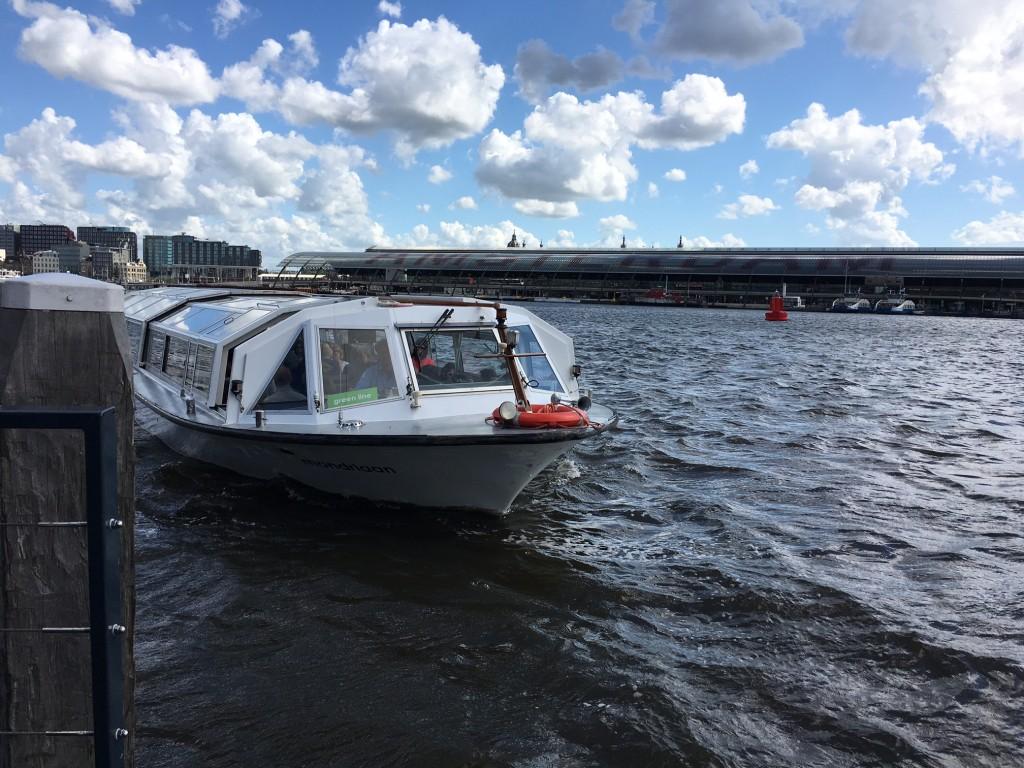 Canalboot auf Ij