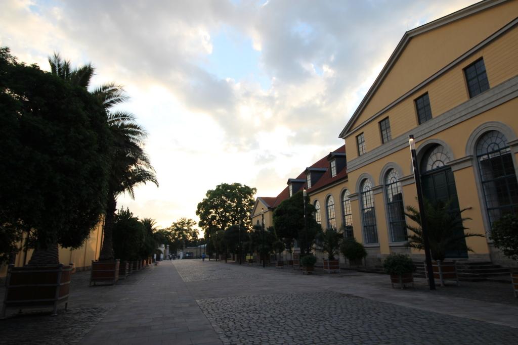 Der Eingang zu den Herrenhäusern