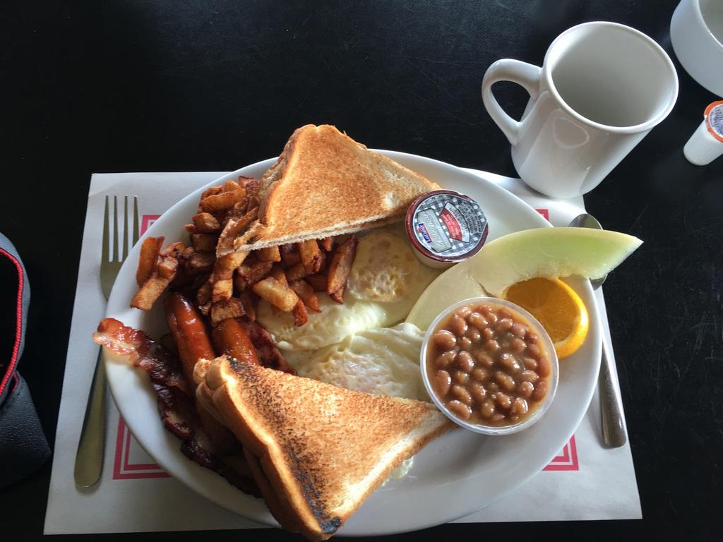 Frühstücken in Manawan