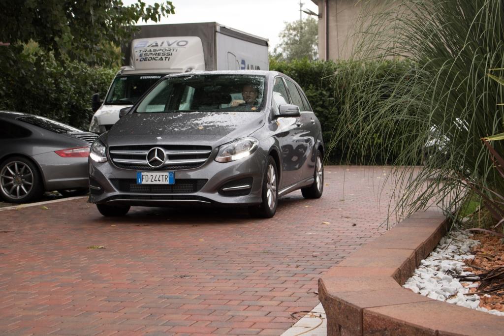 Ohne Mietwagen geht es nicht Goldcar Mercedes
