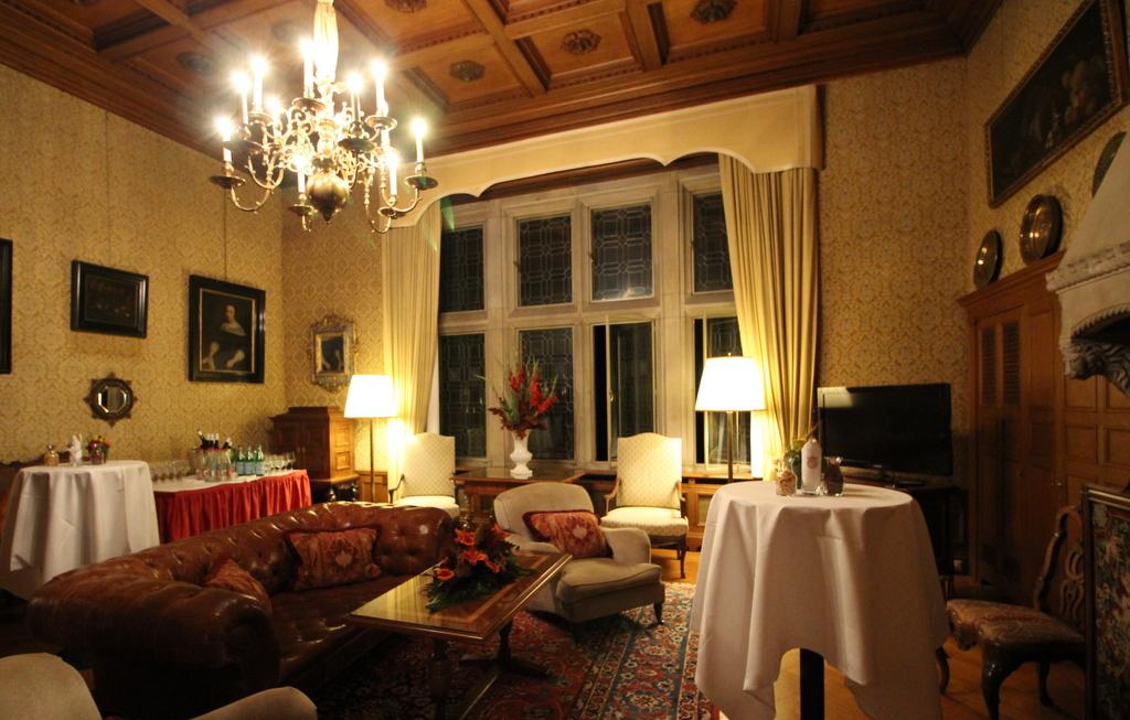 In diesem Zimmer wohnten der letzte Kaiser Deutschlands und Eisenhower.