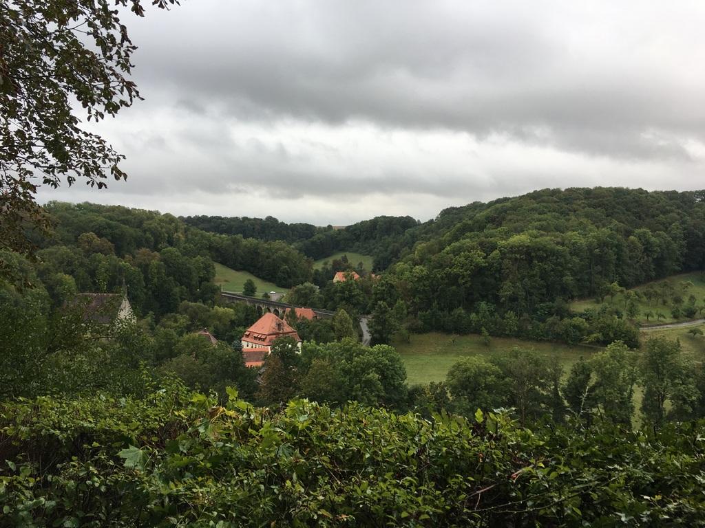 Morgens wirkt Rothenburg ob der Tauber wie ausgestorben