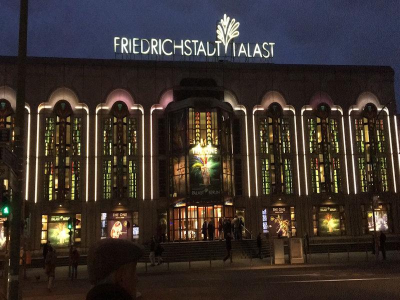 Ein besonderer Mutter-Tochter-Abend im Friedrichstadt-Palast Berlin