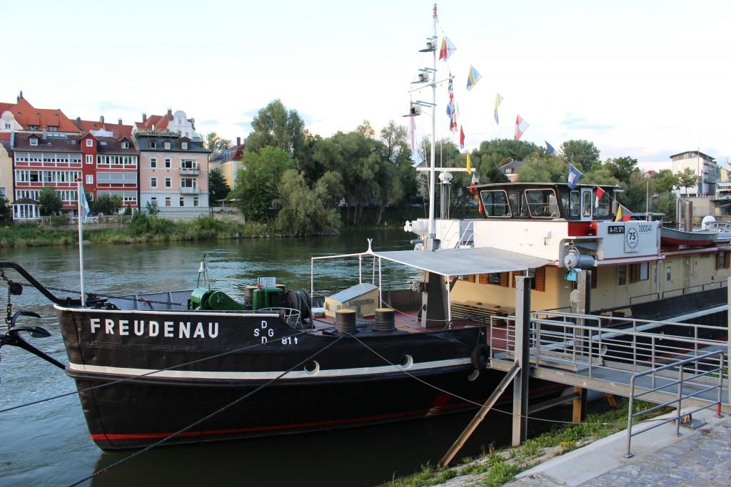 in Regensburgs ... ist die Donau immer ganz nah ...