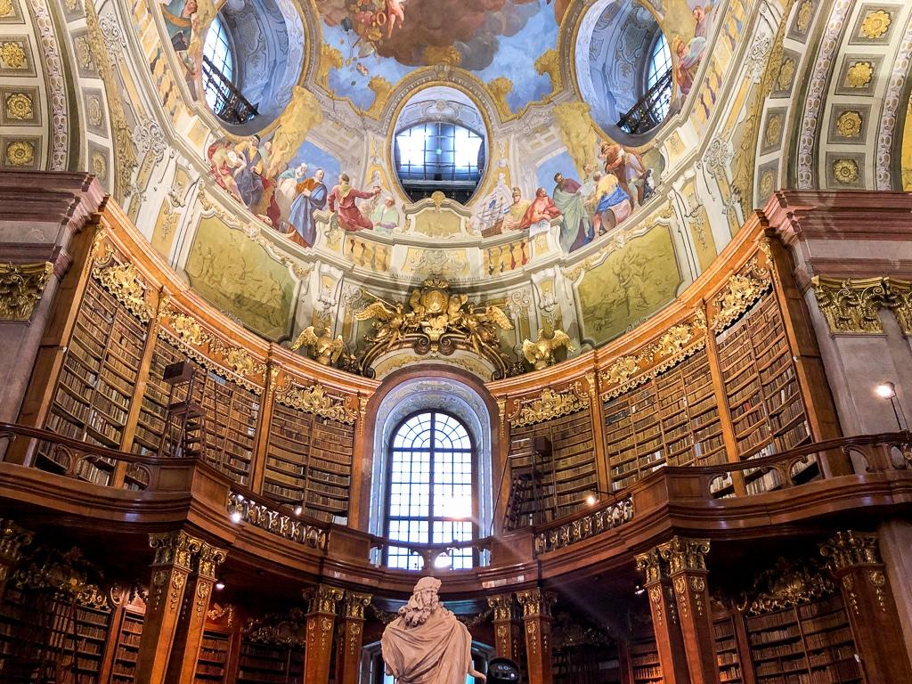 Bibliothek in Wien - Kurzreise in Europa