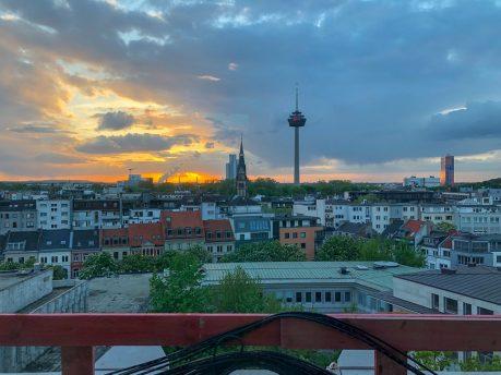 Eine Nacht im 25hours Hotel The Circle Köln. Eine Zeitreise ins Gerlingquartier.
