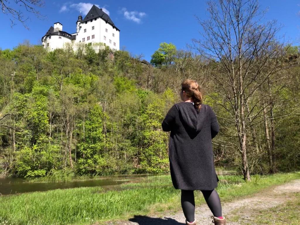 Mein Blick zu Schloss Burgk in der Nähe von Schleiz