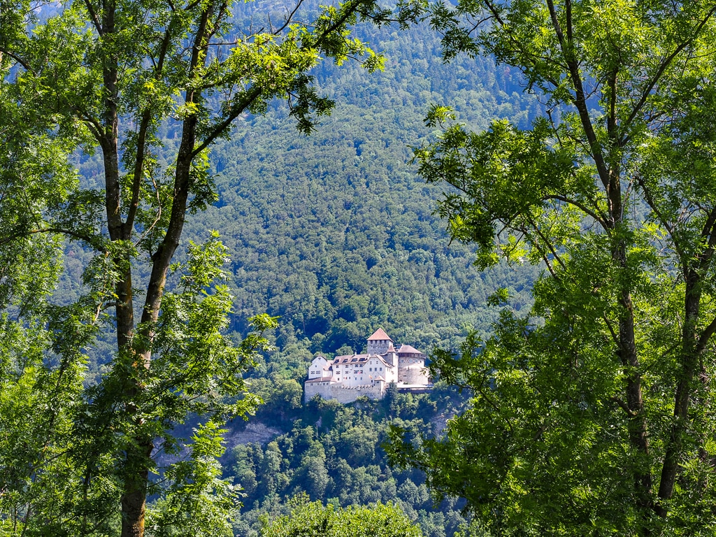 Vaduz liegt in Liechtenstein