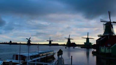Mit Rad und Schiff 5 Tage durch die Tulpen von Nordholland.