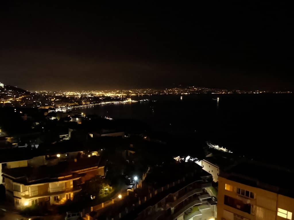 Neapel - Flitterwochen am Vulkan. Zwischen Romantik, Dreck und Motorrollern