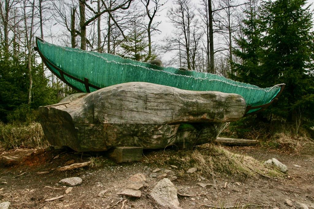 Die Glasarche - ein besonderes Kunstwerk an der Grenze zu Tschechien